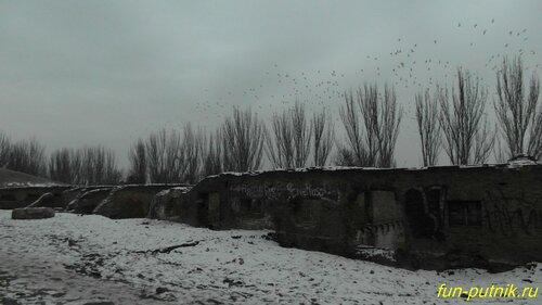 Парамоновские склады зимой, Парамоны зимой