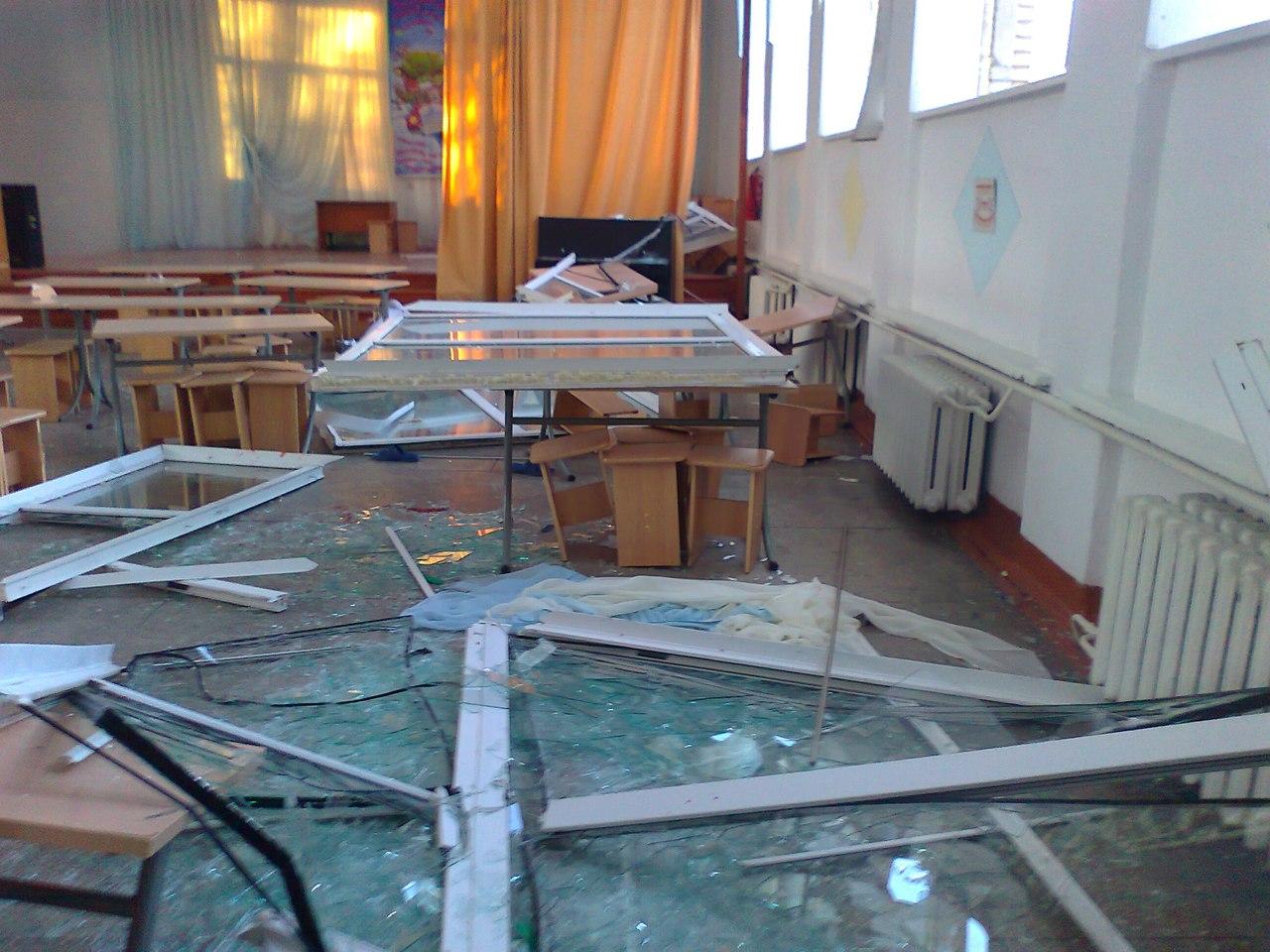 Сильно пострадали школы идетские сады Челябинска (26.03.2013)