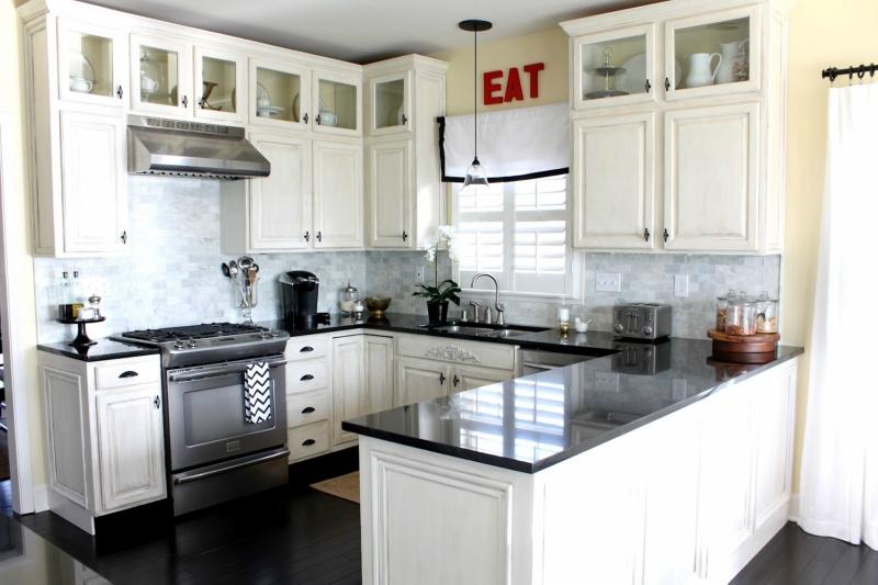 Белый цвет в интерьере кухни, фото 24