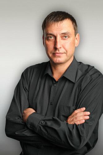 Дмитрий Морозов / певец, композитор