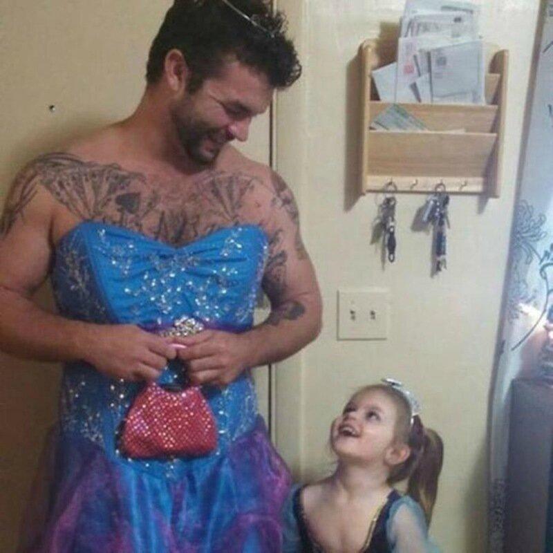 Самый лучший дядя на свете в платье принцессы (фотографии)