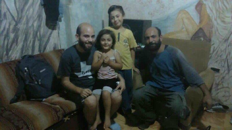 Сирийский беженец, шариковые ручки и 50 тысяч долларов