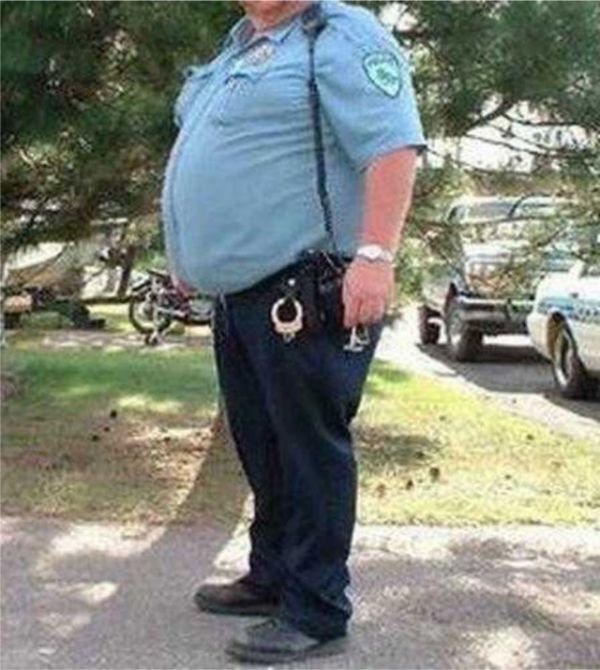 Суровые полицейские