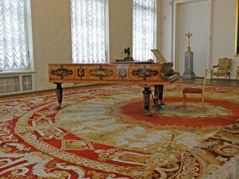 Угловая гостиная Александры Фёдоровны, Александровский дворец, Царское Село