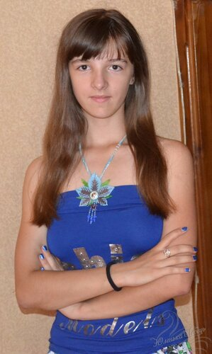 Альбом пользователя Юленька_Лебедь: Голубой цветок со сваровски12.JPG