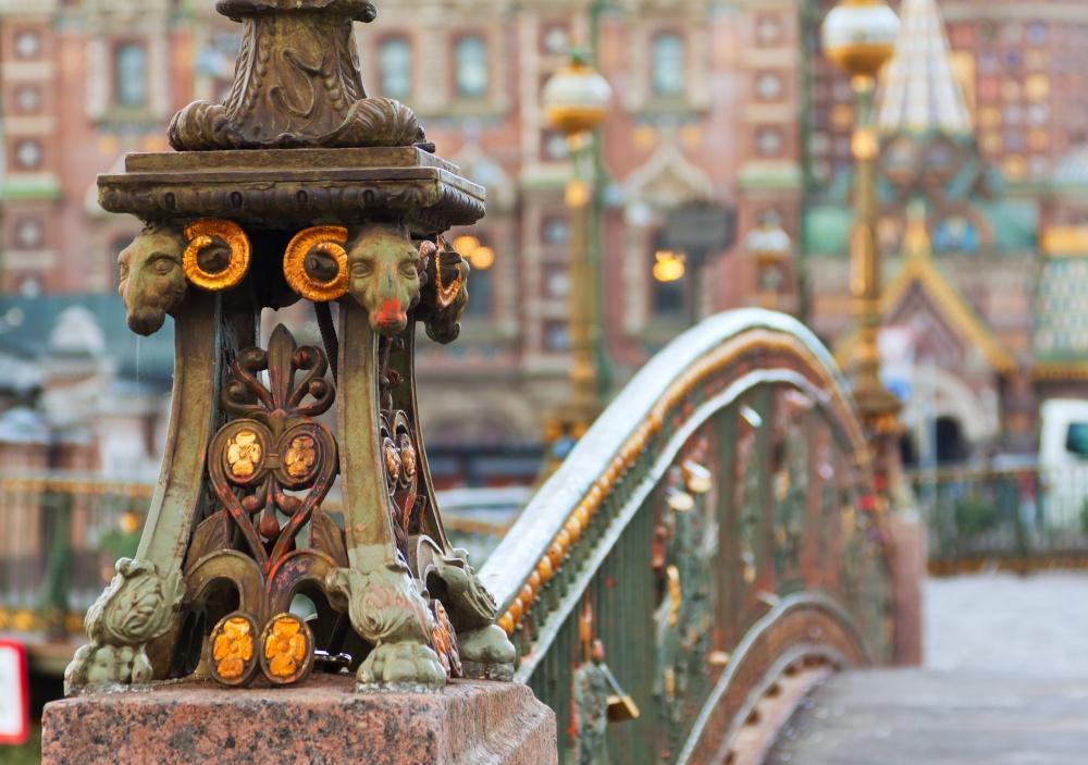 Петербургские мосты— это непросто сооружения, возведенные через реку или канал сцелью переправы,