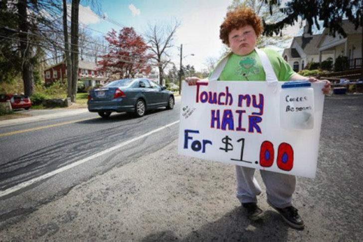 «Потрогай мои волосы за 1 доллар». Вот это предпринимательский дух!