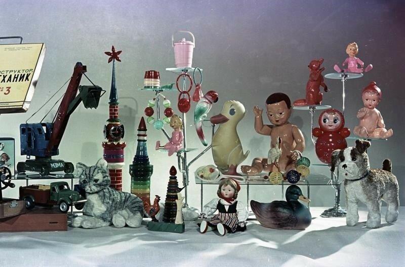 1950е Детские товары. Всеволод Тарасевич.jpg