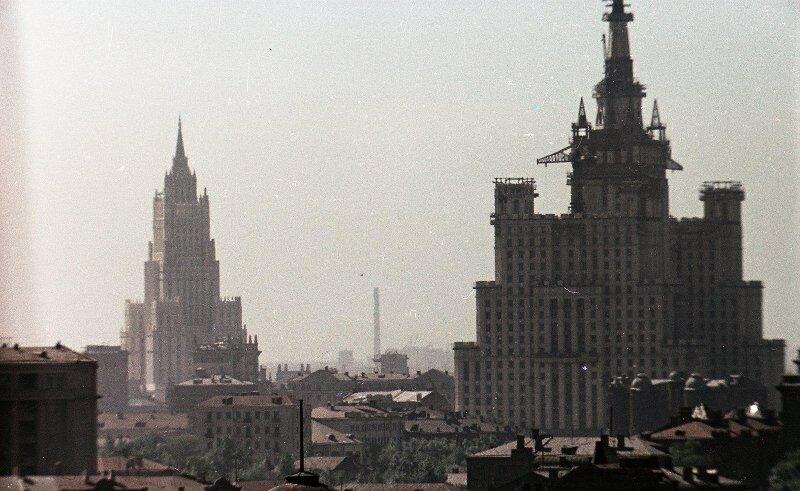 1952 Строительство высоток. Владислав Микоша3.jpg
