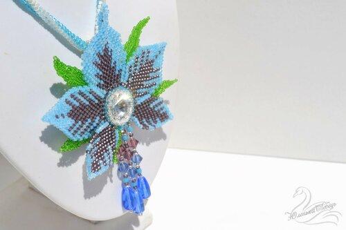 Альбом пользователя Юленька_Лебедь: Голубой цветок со сваровски5.JPG