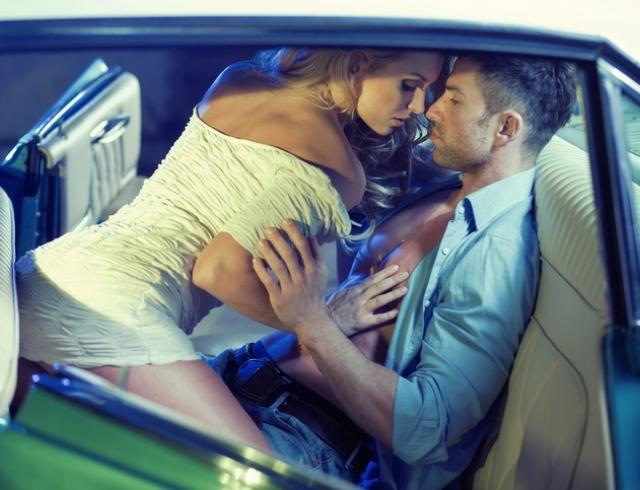 Чтобы секс в машине получился незабываемым, вам нужно просто проявить немного усилий и фантазии. Мы