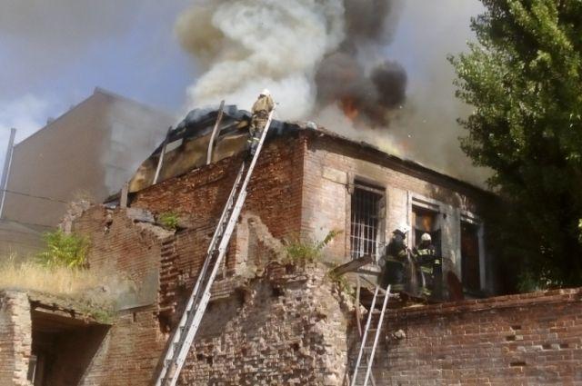 Пожару взаброшенном доме вцентре Ростова присвоили 2-й ранг