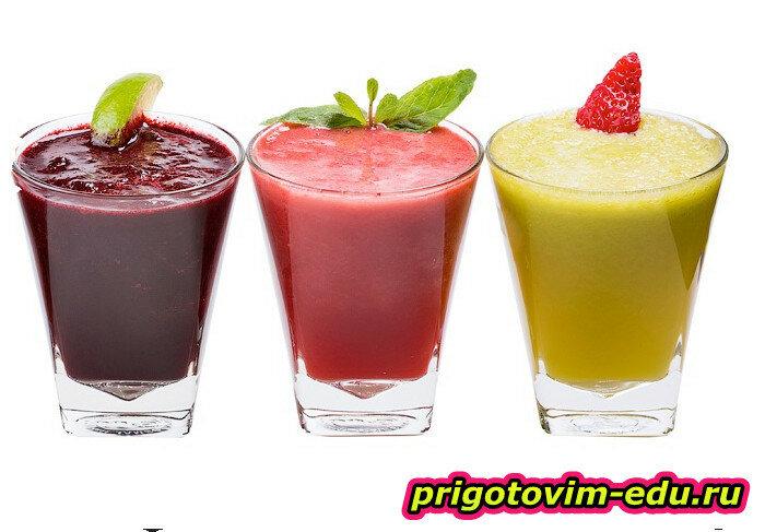 Фруктово-ягодный коктейль