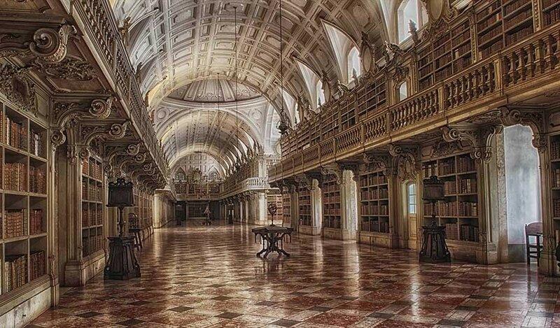 Дворец Мафра, Португалия.