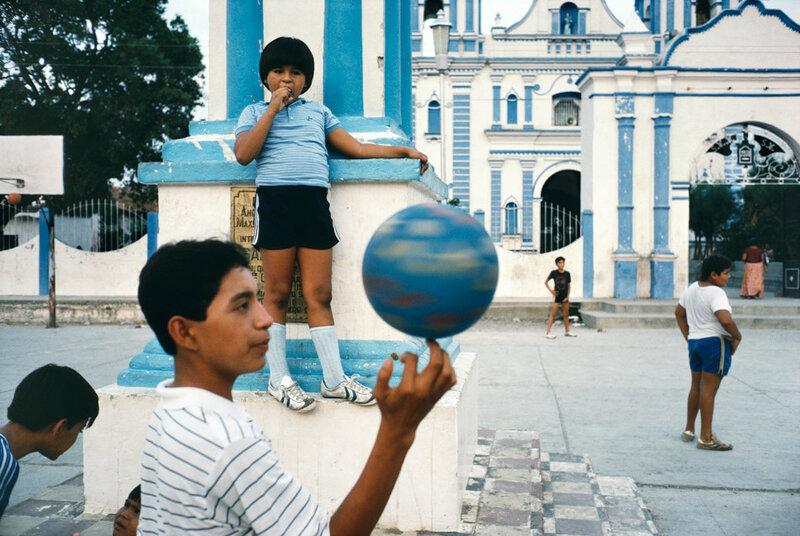 Alex Webb, Tehauntepec, Mexico, 1985