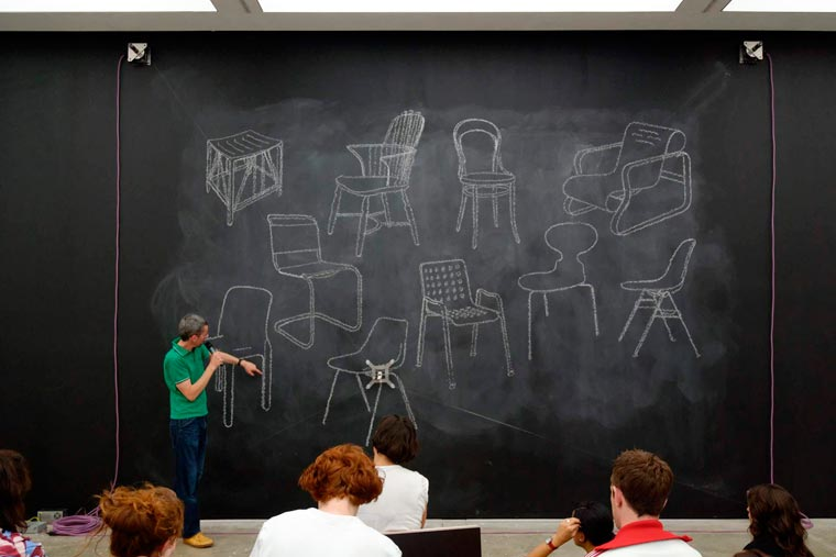 Blackboard Robot - A robot capable of drawing on a blackboard