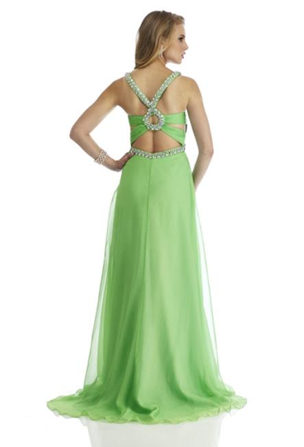 Нарядное платье на свадьбу Дара