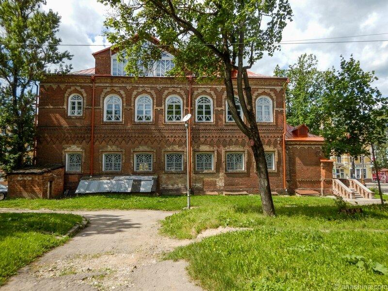 """Здание музея """"Русская старина"""" (задний фасад), Смоленск"""