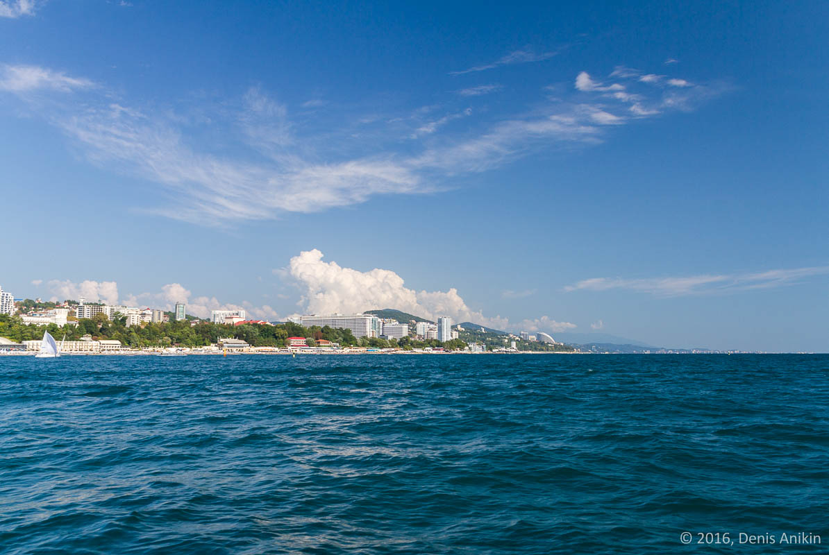 Вид на Сочи с моря 2