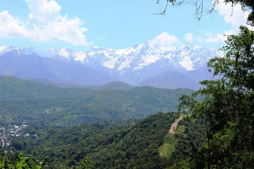 Поселок в горах