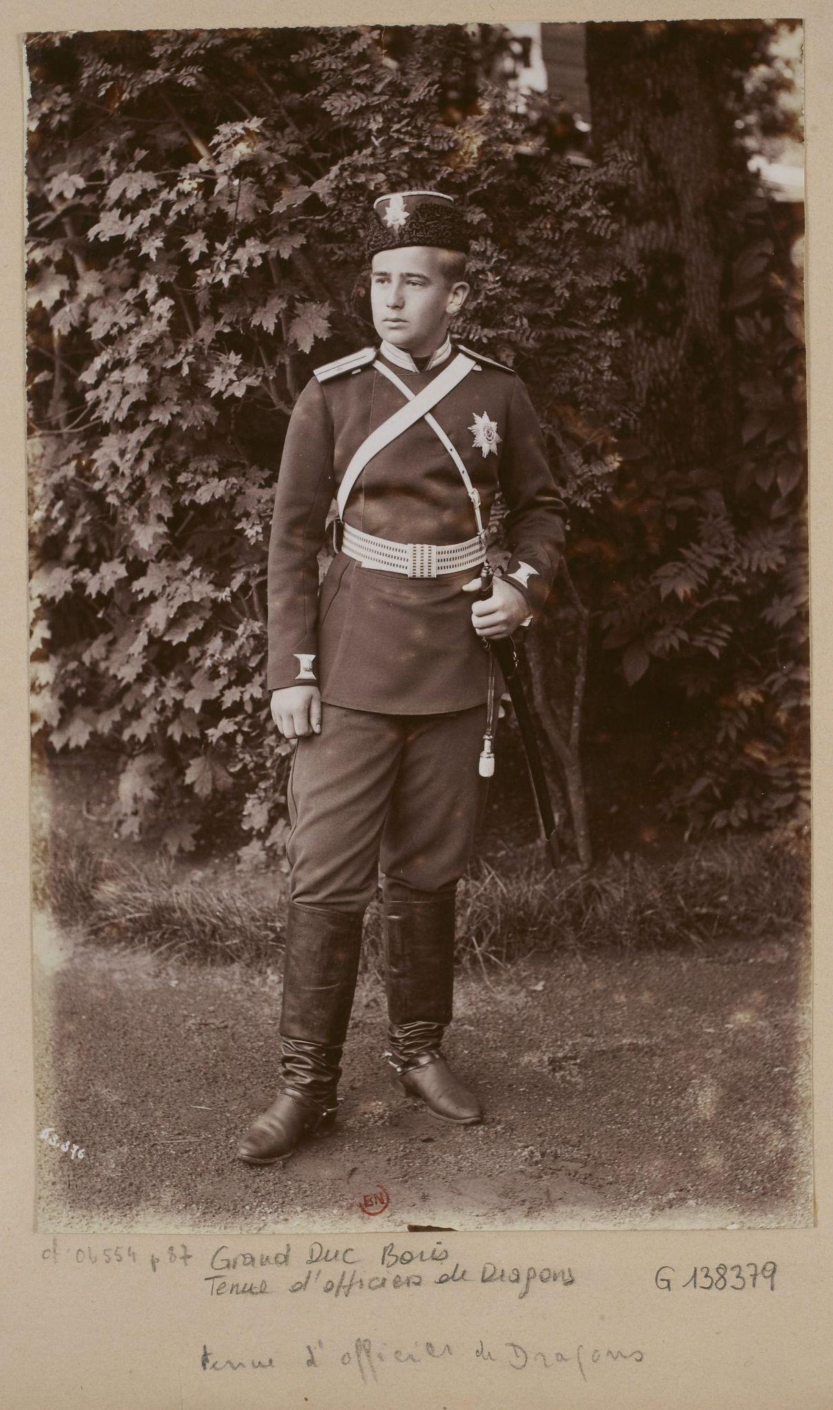 Черных пиздят в армии 8 фотография