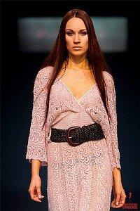 Платье крючком от Флоры Мази