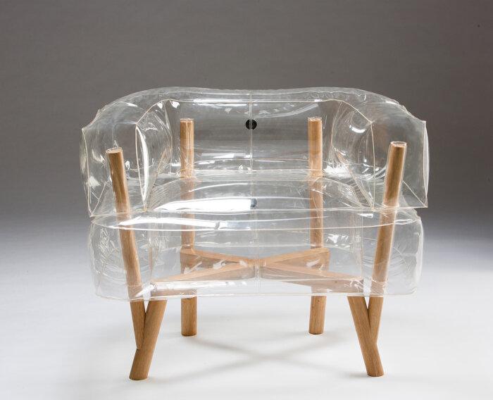 Прозрачный стул с членом 9 фотография