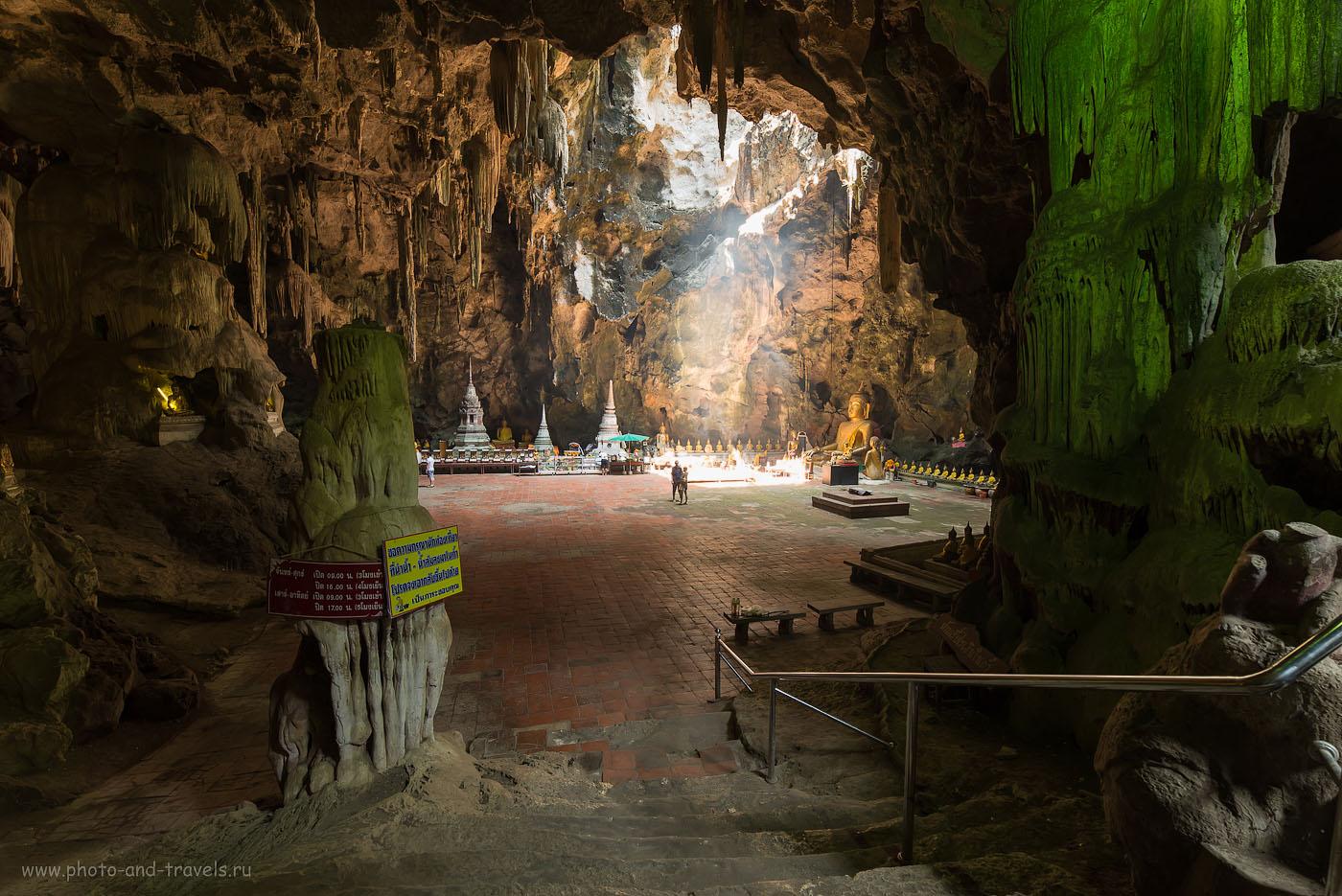 Фото 15. Волшебный зал пещеры Tham Khao Luang Cave (100, 14, 8.0, 0.5 секунды, полнокадровая зеркалка Никон Д610, объектив Самъянг 14/2,8, снято одним кадром). Достопримечательности региона Хуахин. Поездка в Таиланд самостоятельно