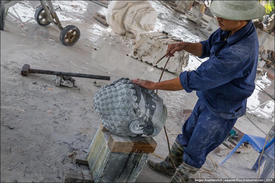 Как делают каменные скульптуры во Вьетнаме