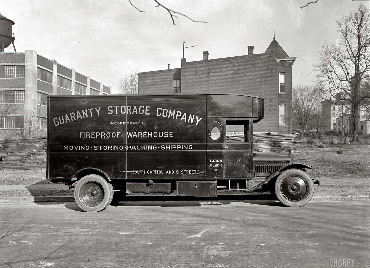 Грузовые автомобили начала 20-го века на снимках американских фотографов (32)
