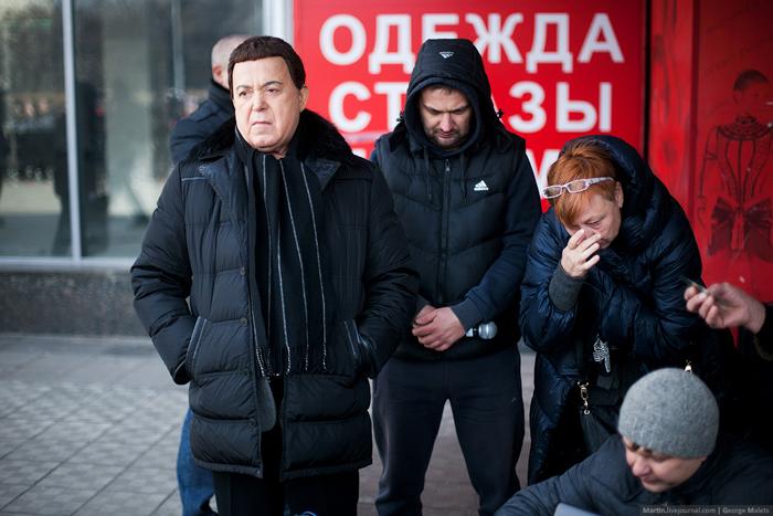 0_b37ff_be0476ad_orig В Москве почтили память жертв Норд-Оста (фото)