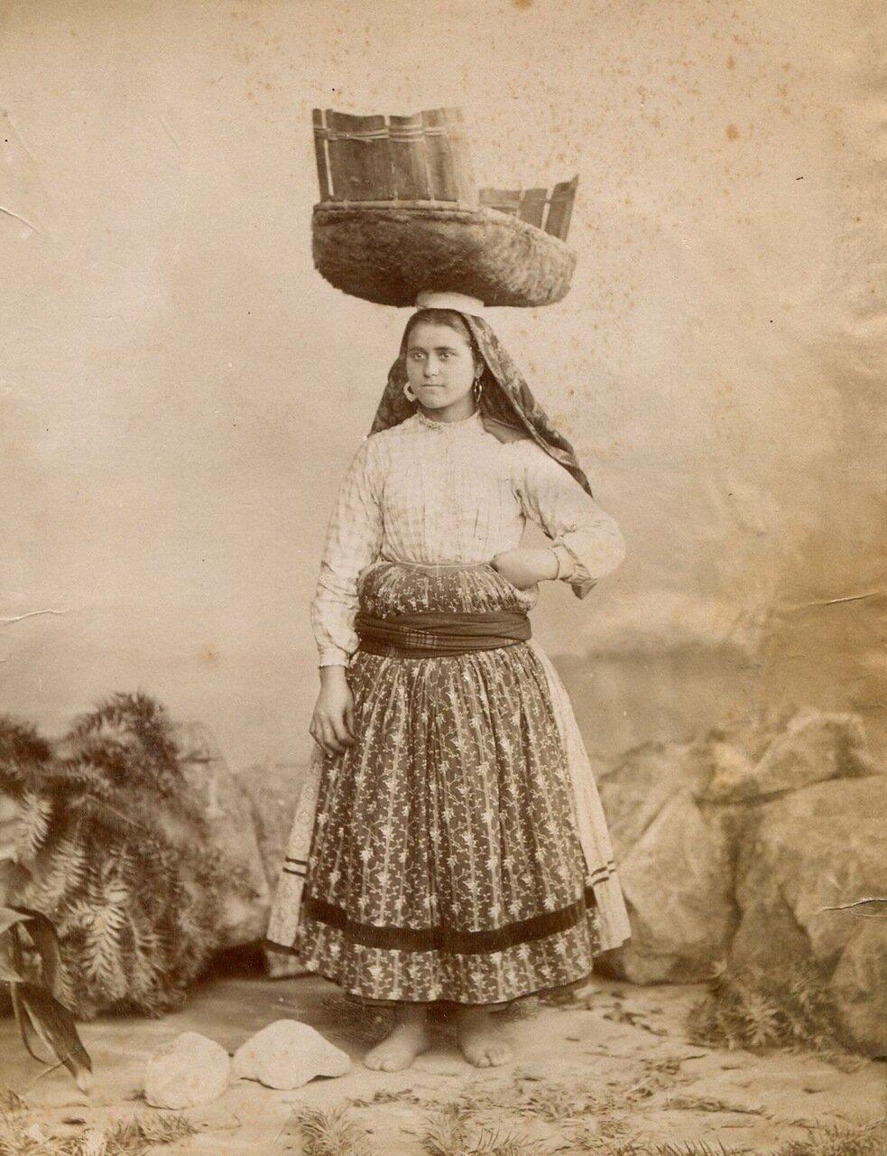 Портрет местной жительницы