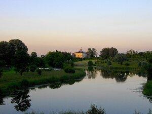 Константиновский дворец.