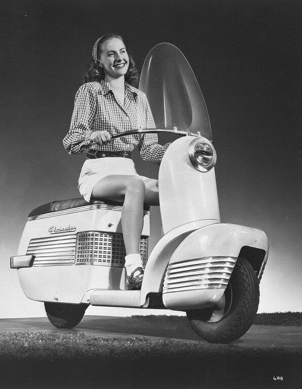 1946 Globester motor scooter 1.jpg