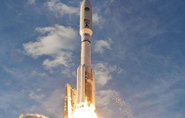 США запустили ракету Atlas Vсоспутником для военно-космической разведки