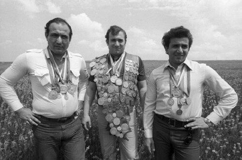 Человек СССР: Пять подвигов Шаварша Карапетяна