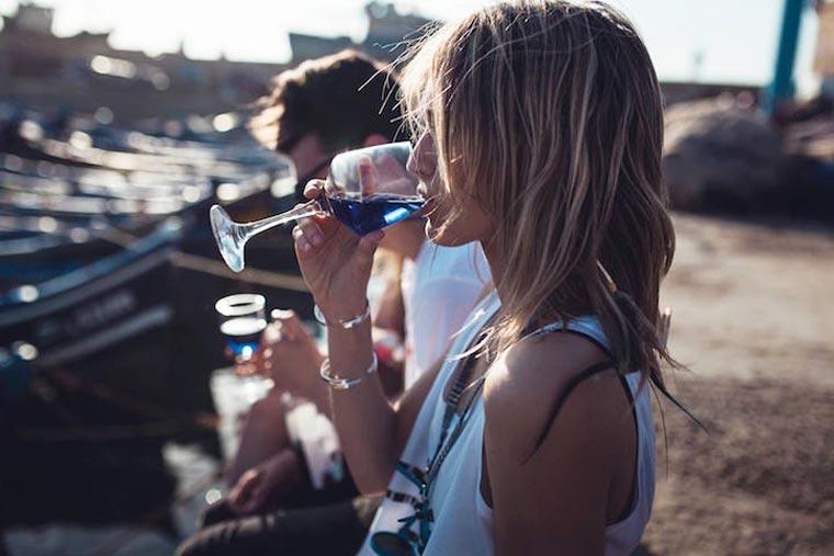 L'abus d'alcool est dangereux pour la sante, consommez avec moderation