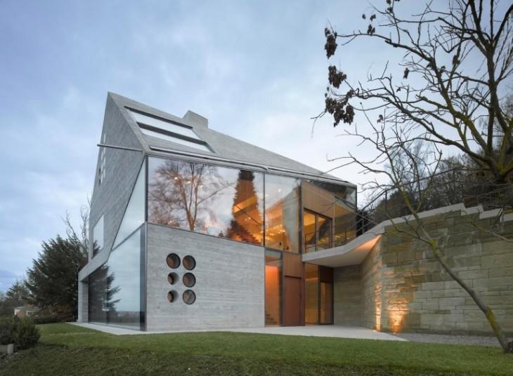 Haus 36 by Matthias Bauer Associates