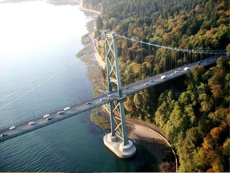 Ванкувер. Lions Gate Bridge - подвесной мост Львиные ворота, lvinyie vorota vankuvera.jpg