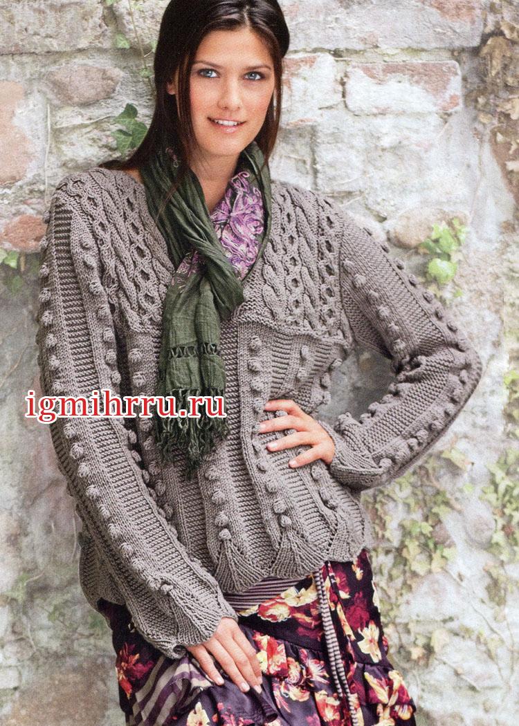 Узорчатый шерстяной пуловер с шишечками и косами. Вязание спицами