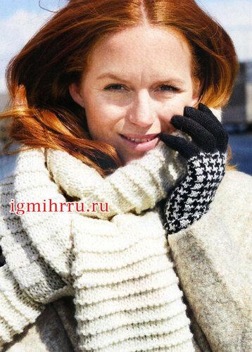 Женские перчатки с узором гусиная лапка. Вязание спицами