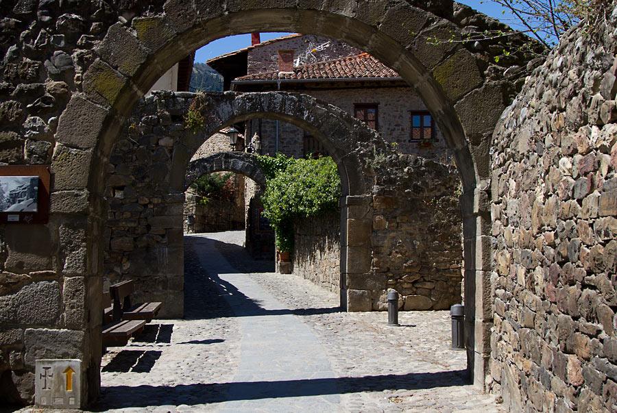 Север Испании, без своего транспорта