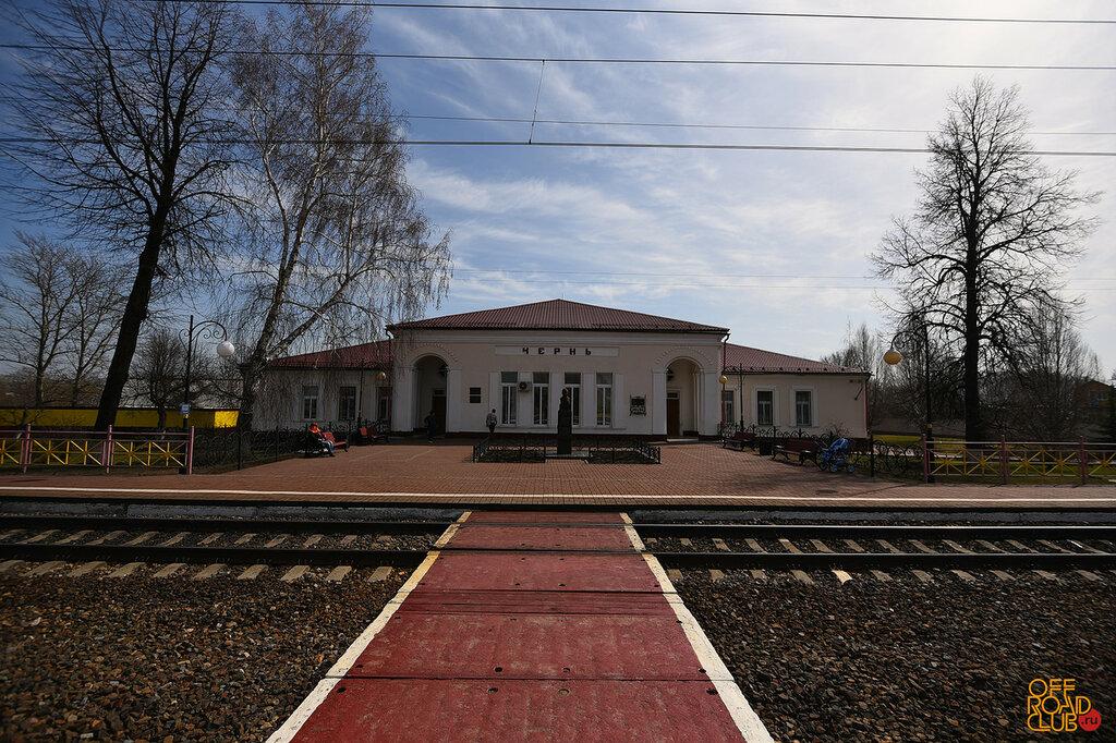 """Мемориал """"Бронепоезд"""" на станции Чернь"""