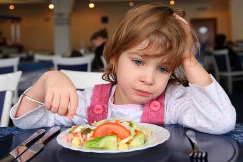 В бельцком детском саду дети отравились сосисками
