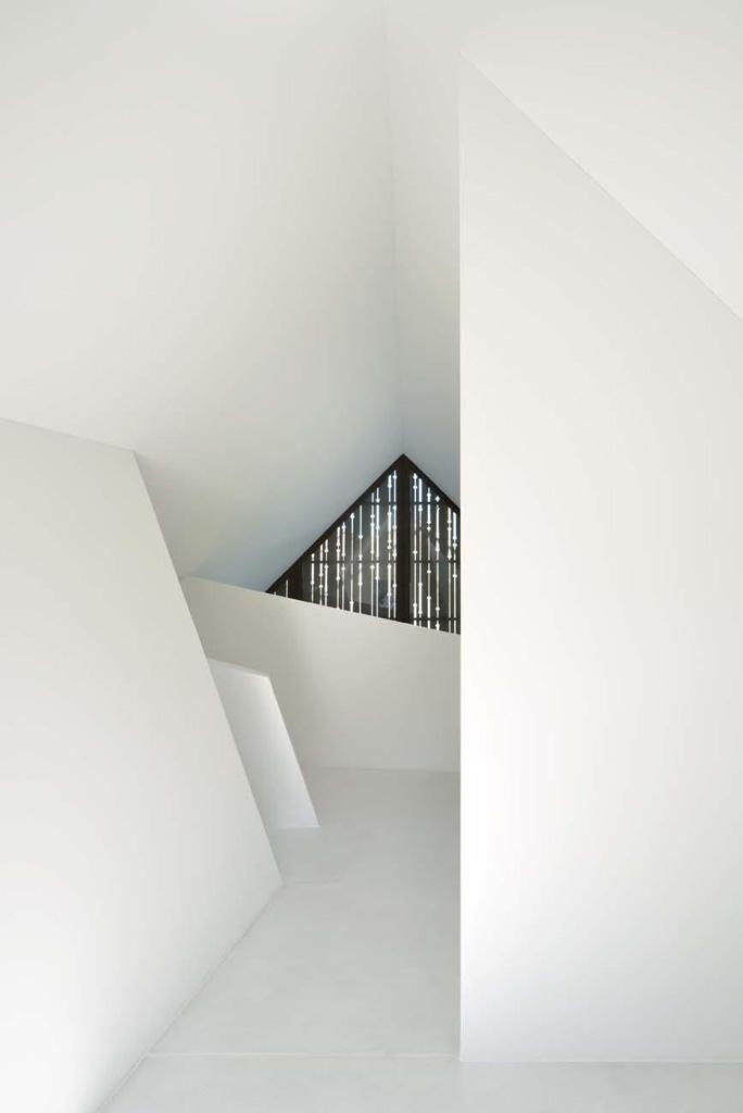 13_Dachgeschoss_Zimmer_Galerie.jpg