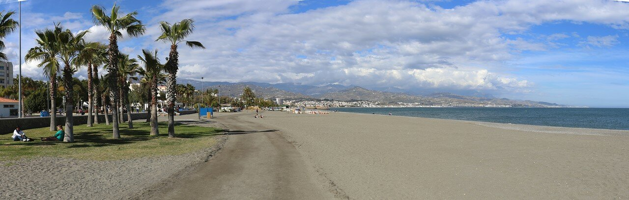 Торре-дель-Мар. Пляжи Леванта (Playa de Levante)