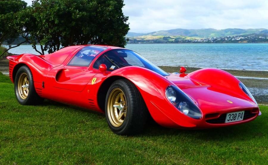 9. «Ferrari 330 P4»: год выпуска 1967 Этот экзотический автомобиль выглядит как часть футуристическо