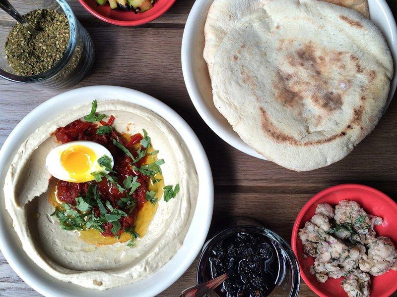 Нут Если вы ни разу не ели нут во время поездки в Израиль, вы явно делаете что-то не так. Это скромн