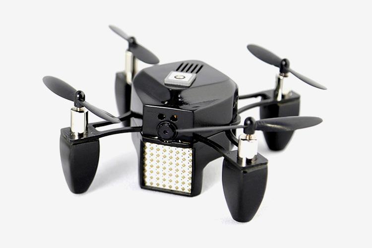 Что планировалось Мини-дрон Zano — сенсация выставки CES 2015 года. Маленький квадрокоптер, который