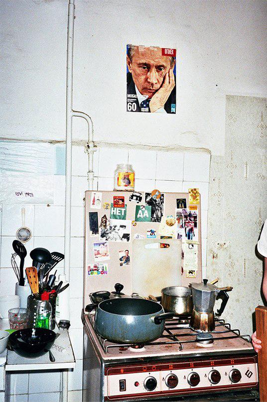 Илья Змеев живет в Москве. С суровой реальностью он столкнулся, когда сам искал квартиру и из